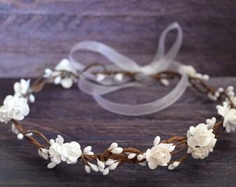 Flower crown wedding - White woodland crown - Bridal floral crown - Rustic flower crown - Flower girl wreath Hair wreath - Flower girl halo