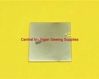 Singer Sewing Machine Bobbin Cover Slide Plate Fits Models 66, 99, 185, 192, 285 Part # 32569