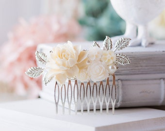 Silver Bridal Hair Comb, Ivory Rose Flowers Silver Leaf Wedding Hair Comb, Vintage Wedding Garden Wedding Country Barn Wedding Hair Comb