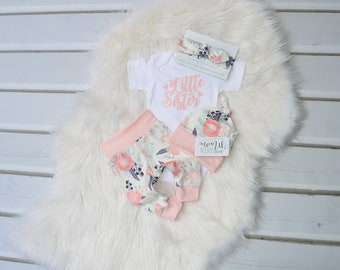 Little sister  outfit, newborn outfit, newborn girl coming home outfit, take home outfit girl, baby girl, take home outfit, hello world