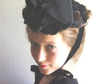 1880/1890s Original Ladies /Girls Bonnet Black Velvet/Faille Bows  Item #130  Hats
