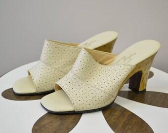 1970s Norman Kaplan Cream Heeled Mules, Size 6M
