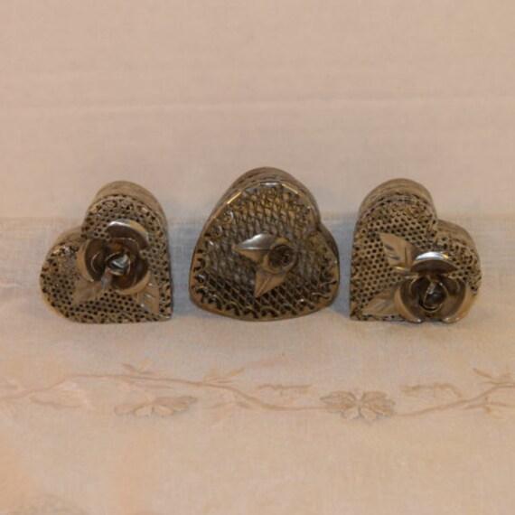 Heart Silver Plate Filigree Trinket Boxes Vintage Trio Mesh Heart Ornate Ring Boxes Wedding Gift Vanity Dresser Gifts for Her Easter Gift