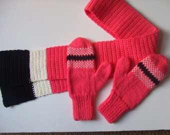 Hand Knit Mittens & Scarf Set - Salmon - for Ladies/Teens