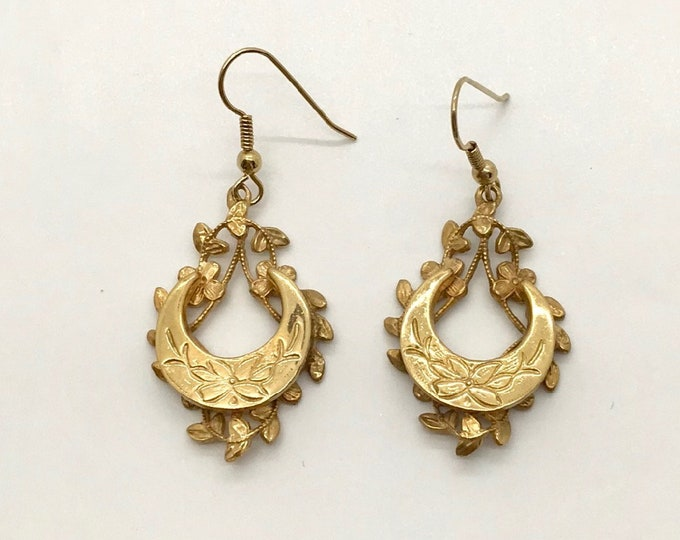 Antique Gold Plated Pierced Earrings with Floral and Leaf Design, Drop Earrings, Pierced Earrings, Dangle Earrings
