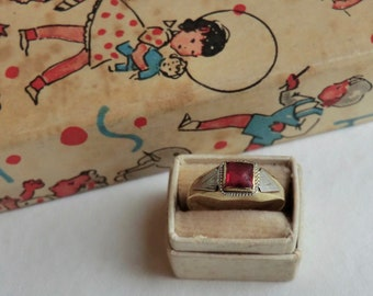 Art Deco 10K Gold Child's Ring Size 3 3/4 Pinky Midi Ring Two Tone Gold Red Stone