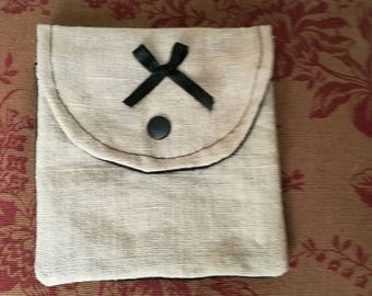 Intimate pouch or coin holder