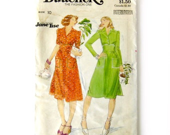 Vintage Dress with Fitted Bodice / Forties Style Designer Dress Pattern / Butterick 4682 / Jane Tise Pattern / Size 10 Bust 32.5