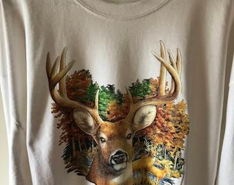 Whitetail Buck Deer/Long Sleeve/Hunters/Deer/Animal Lover
