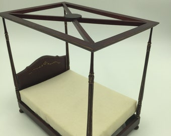 Classy Dollhouse four-poster canopy bed with mattress  1:12 size