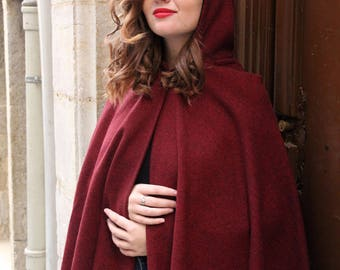 Hooded cape. Red cape with hood. Red riding hood cape. Red hooded cape. Dark red poncho cape. Short hood cape. Fashion cape. Red poncho.