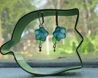 Glass bell flower earrings