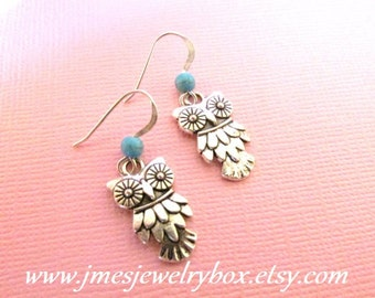 Silver owl earrings with turquoise, Little owl earrings, Silver bird earrings, Turquoise earrings, Little silver owl earrings, Owl jewelry