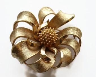 Vintage Gold Flower Brooch, Coro Designer, Retro Costume Jewelry, Circa 1960's
