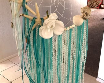 Beachy dream catcher