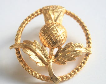 Scottish thistle brooch. Vintage brooch. Vintage jewellery