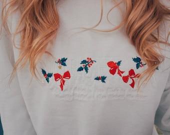 Christmas Sweater - White Sweater, Womens Size Medium, Vintage Christmas Sweater, 90s, Black Friday, Sale