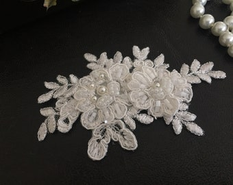 Bridal Hair Accessories, Wedding Headpiece, Off White Beaded Lace, Snap Clip