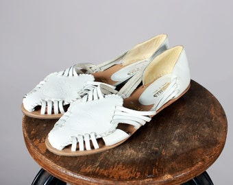 Vintage White Leather Summer Huarache Sandals- Flats Shoe Everyday Warm Weather 1980's 80's Casual Flats Women's - Size 7