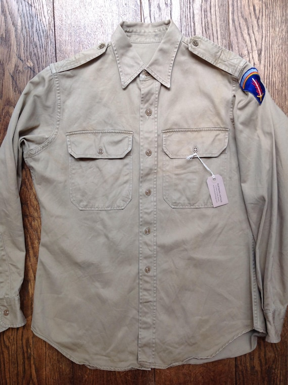 "Vintage 1940s 40s 1950s 50s WW2 US army officers poplin shirt khaki military 43"" chest 15"" collar"