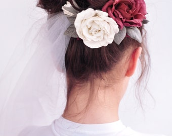 Burgundy Wrist corsage red Flower comb Bridesmaid corsage red rose Hair piece Prom Flower bracelet Hair Bohemian Wedding hair flower Rustic