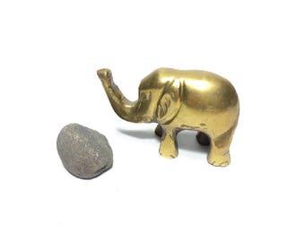 Brass Elephant Figurine, Brass Figurine, Brass Elephant, Brass Animal, Brass Statue, Elephant Brass Figurine, Vintage Home decor, Boho decor