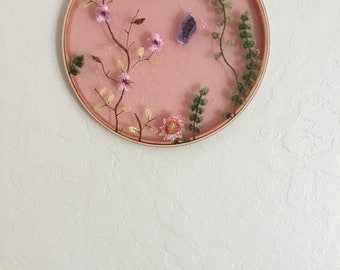 Home Decor, Wall Decor, Flowers, Embroidery Hoop, Sewing, Cottage Chic, Nature Lover, Hoop Art, Lace, Handmade, Flower Child