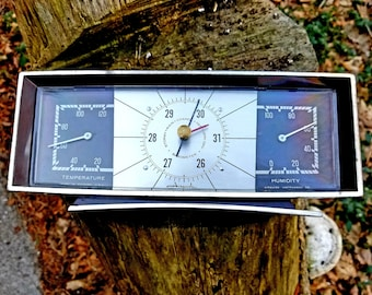 Vintage Airguide Barometer / Thermometer / Humidity Gauge