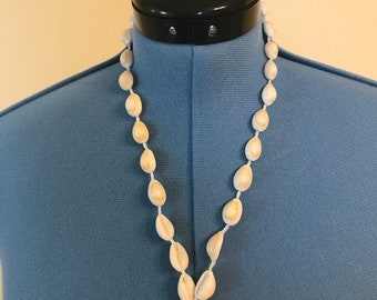 Cowrie Shell Necklace and Bracelet set