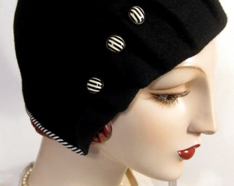 ON SALE/ 1920's Pleated Cloche