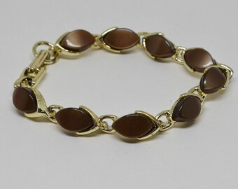 Lovely Gold Tone and Brown Inserted Beads Bracelet