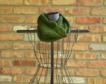 Hand knit scarf/cowl. Green