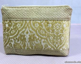 Wallet case, wallet bag, wallet makeup, wallet for purse, wallet organizer, wallet quilt, wallet zipper, wallet girl, wallet gold, handmade.