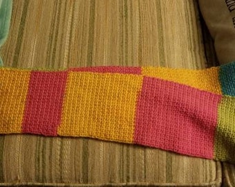Color block fringed scarf