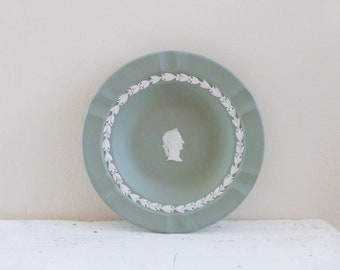 Wedgwood China dish, cream on celadon, Julius Caesar, roman style, green ashtray, green plate, executive ashtray, sage green