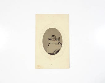 Vintage Tintype Photo of Baby / Child Tintype / Civil War Era Tintype Photograph