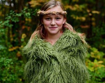 LARGE Green Faux Flokati Fur, Green Photography Backdrop, Newborn Photo Prop Vegan Fur, Faux Fur Fabric Photo Props, Artificial Fur, MOSS