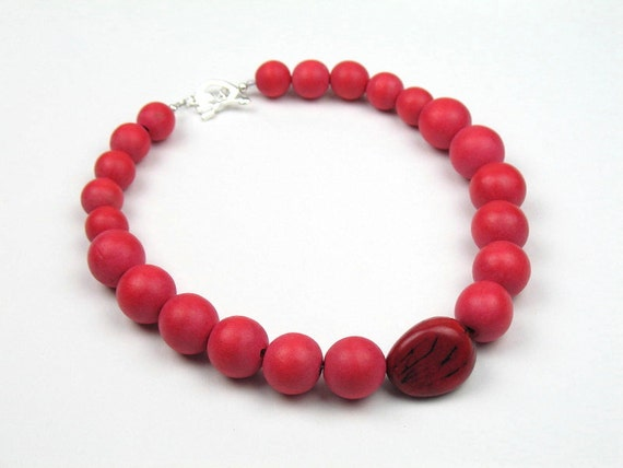 Bead Necklace in Red with Wood Beads and Natural Vegetable Ivory Tagua Nut