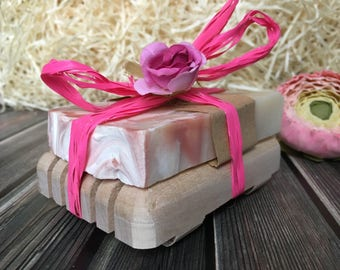 Gift idea Gift for her Gift from daughter New Homeowners Women gifts Gifts for coworkers Spa gift Custom gift Handmade Soap Beauty Gift