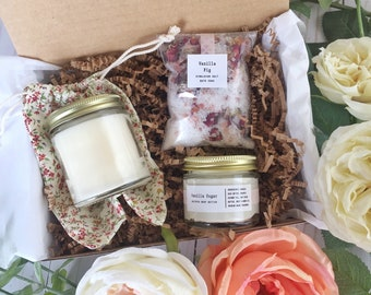Gift Set, spa gift, relaxation gift, gift basket, wife gift, pampering, gift for mom, spa basket, beauty gift, stress relief, soy candle