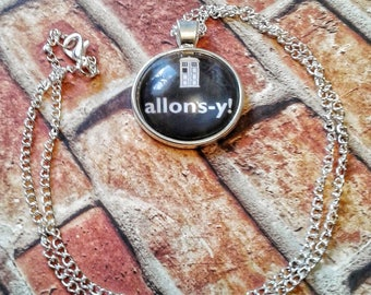 Allons-y Necklace, Doctor Who Necklace, Doctor Who Cosplay, Doctor Who acessories, rose tyler necklace, whovian jewelry, david tennant, gift