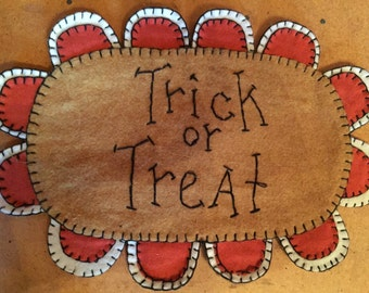 Trick or Treat Table Mat