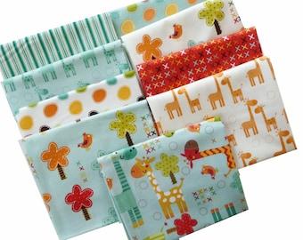 Giraffe Fabric Fat Quarter Bundle of 9, Baby Quilt Fabric Bundle, Riley Blake Giraffe Crossing, Cotton