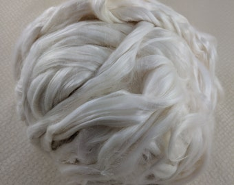 Banana Fibre - Cellulose Roving - Exotic Novelty Fibre  - White Coloured  - Great for Spindles, Handspinning & Felting