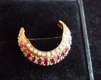 9ct, Ruby and Pearl Brooch.