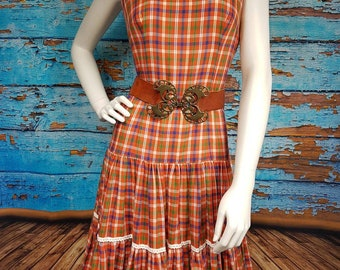 70s western style check dress, size 10 to 12.
