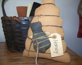 Primitive Bee Skep Fabric Shelf Sitter/Cupboard Tuck