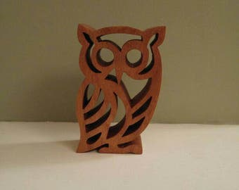 Solid wooden owl. Scroll saw owl.