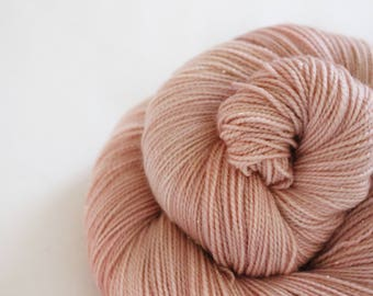 Dusty Rose - Magpie -  75/20/5 superwash merino/ nylon/ gold stellina sock yarn