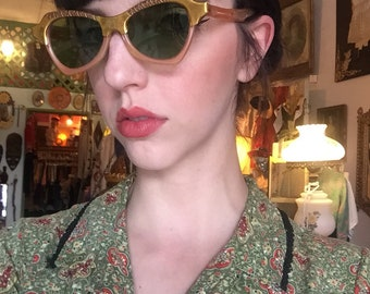 Precious 1950's Pale Pink Sunglasses With Gold Metal Heart Cutouts